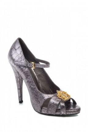 حذاء نسائي مزين ببروش
