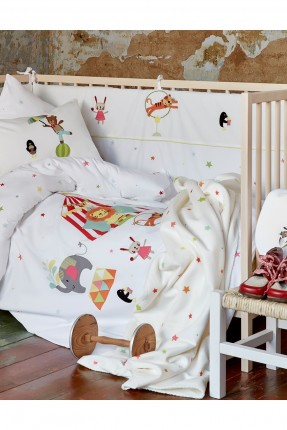 طقم غطاء سرير بيبي برسومات