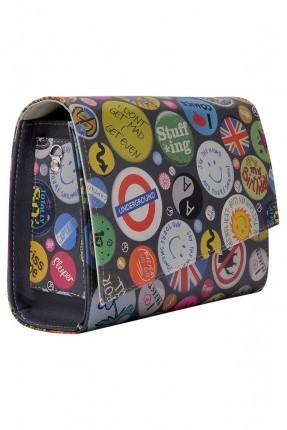 حقيبة يد نسائية مع نقشة
