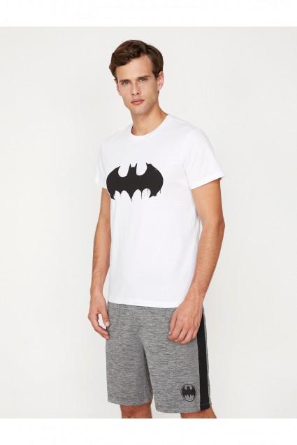 تيشرت رياضة رجالي رسمة شعار باتمان كوتون Koton تسوق اون لاين