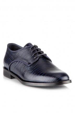 حذاء نسائي سبور مع نقشة