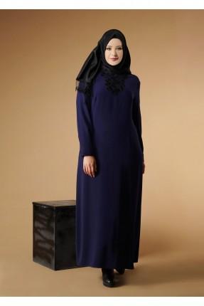 فستان سبور طويل بياقة مزينة
