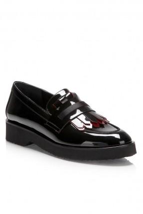 حذاء نسائي سبور لامع