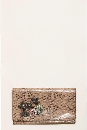 حقيبة يد نسائية مزينة بروش