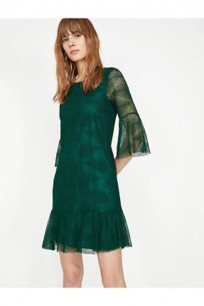 فستان رسمي مزين بورق شجر