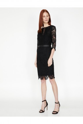فستان رسمي قصير دانتيل