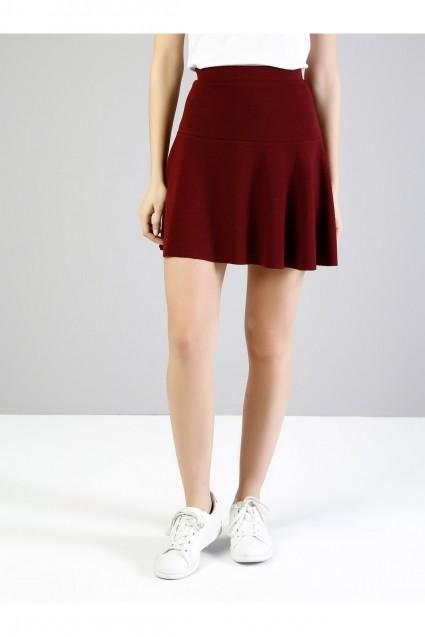 تنورة قصيرة شيك
