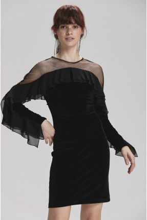 فستان رسمي مخمل مع كشكش