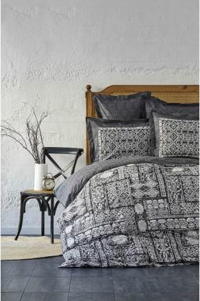 طقم غطاء سرير مزدوج مزين بنقشات