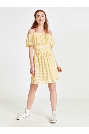 فستان سبور قصير مع كشكش