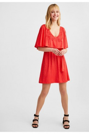 فستان سبور بكشكش وربطة على الخصر