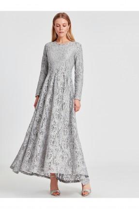 فستان رسمي طويل مزين بدانتيل