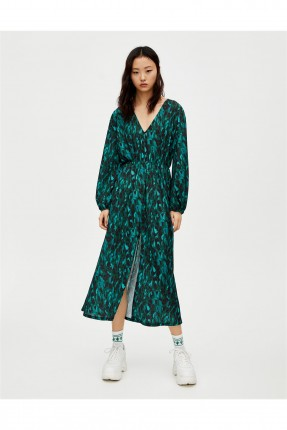 فستان سبور بياقة V