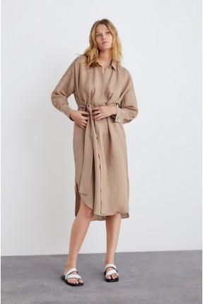فستان سبور مع جيوب امامية