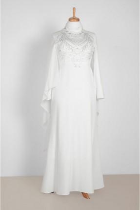 فستان رسمي طويل بصدرية مزينة بالخرز
