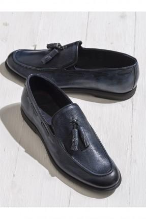حذاء رجالي مزين بفيونكة