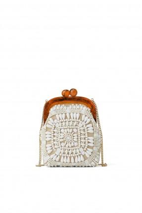 حقيبة يد نسائية مزينة بالصدف