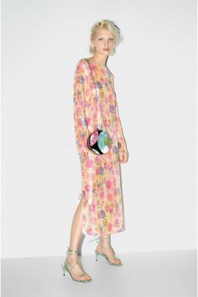 حقيبة يد نسائية مزينة بالالوان