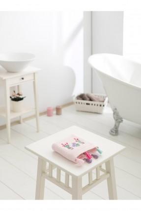 منشفة يد مزينة بشراشيب