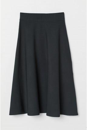 تنورة طويلة منقشة