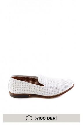 حذاء رجالي منقط