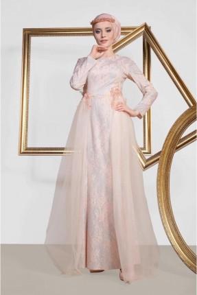 فستان رسمي مزين بالتول