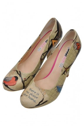 حذاء نسائي بطبعة طير