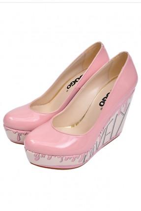 حذاء نسائي بكعب روكي