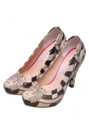 حذاء نسائي بطبعة وكعب