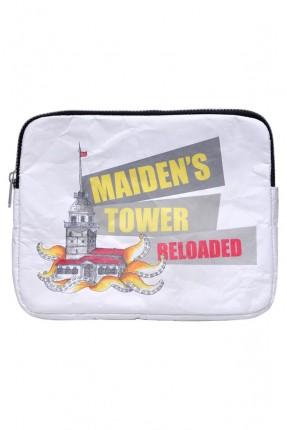 حقيبة يد نسائية بطبعة برج الفتاة
