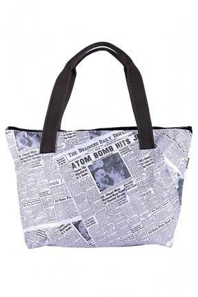 حقيبة يد نسائية بطبعة صحف