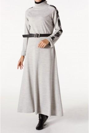 فستان سبور طويل باكمام مزينة بالترتر