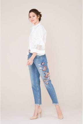 بنطال جينز نسائي شيك