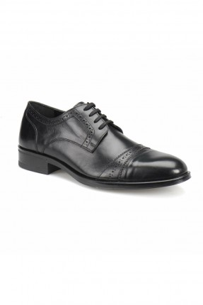 حذاء رجالي رسمي بنقشة