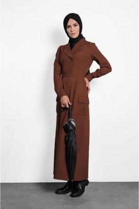 فستان سبور طويل بجيوب جانبية