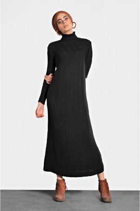 فستان سبور بياقة عالية