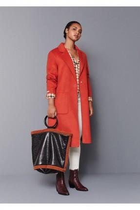 حقيبة يد نسائية مزينة بالفرو