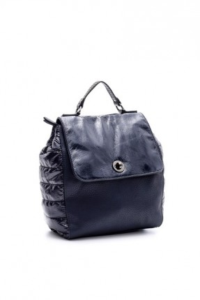 حقيبة ظهر نسائية بقفل معدني