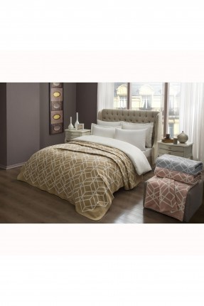 بطانية سرير مزدوج مزينة بخطوط
