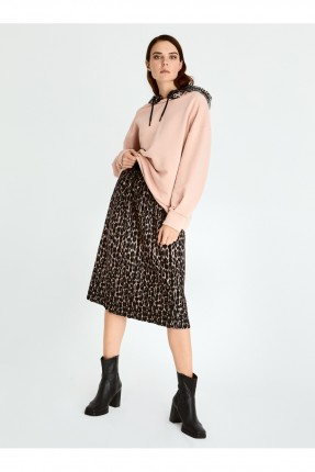 تنورة قصيرة بطبعة تايغر