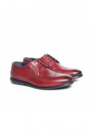 حذاء رجالي بنقشة
