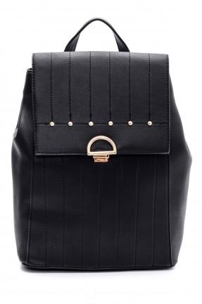 حقيبة ظهر نسائية مزينة بخرز
