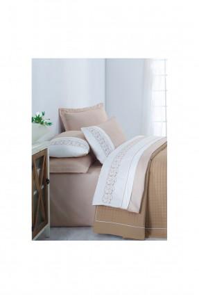 طقم غطاء سرير مزدوج بخطوط مزخرفة