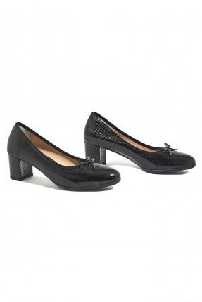 حذاء نسائي جلد كلاسيكي