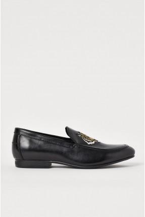 حذاء رجالي بطبعة نمر