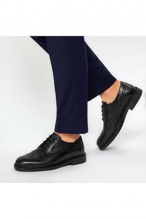 حذاء رجالي بنقشة ثقوب
