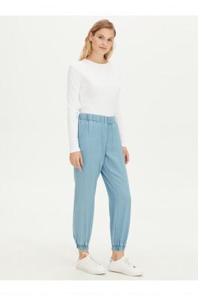 بنطال جينز نسائي بخصر مطاطي