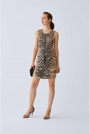 فستان رسمي قصير مزين بالترتر