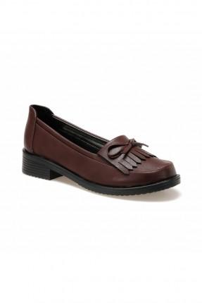 حذاء نسائي مزين بفيونكة