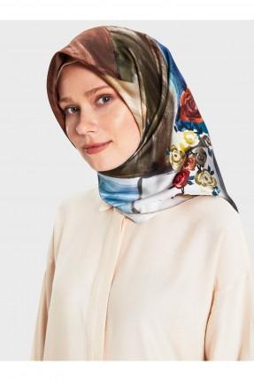 حجاب تركي بطبعة ورود ملونة